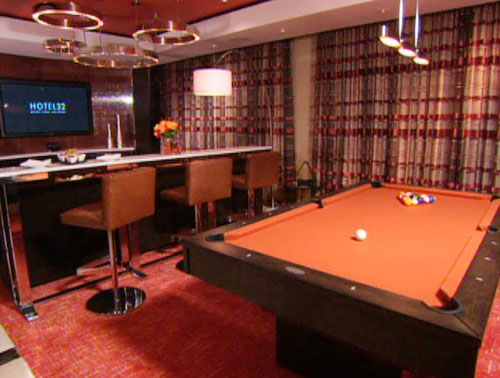 Marvelous Penthouse Suite With Pool Table