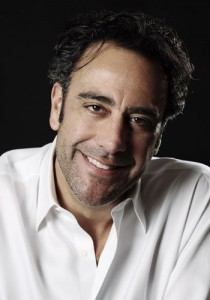 Brad Garrett opens comedy club at Tropicana