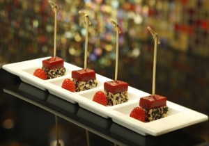 Tuna-raspberry skewers at Julian Serrano