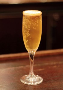 Sparkling cinnamon apple at Morton's, The Steakhouse.