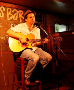 Sean McCabe will be appearing at the authentic Irish pub Rí Rá inside The Shoppes at Mandalay Place.