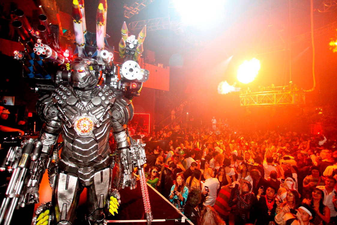 Las Vegas' 2012 Halloween nightlife parties may be spooky, sexy or ...