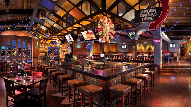 10 restaurants in vegas with cool bar scenes las vegas blogs for How to be cool at a bar