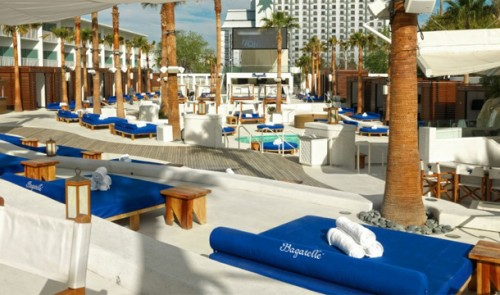 An overview of the pools and stage at Bagatelle Beach
