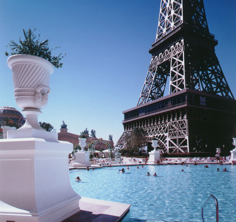 10 of the most awesome hotel pools in vegas las vegas blogs for Paris hotel pool images