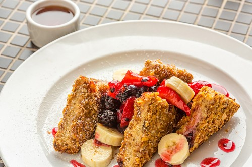 Lavo's almond-crusted French toast