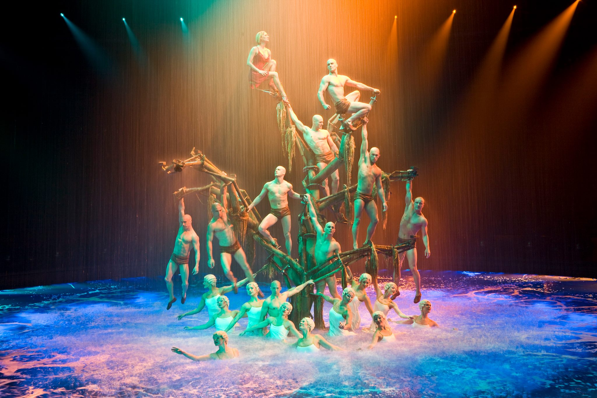 Audiences will now have the chance to go backstage at Le Rêve.