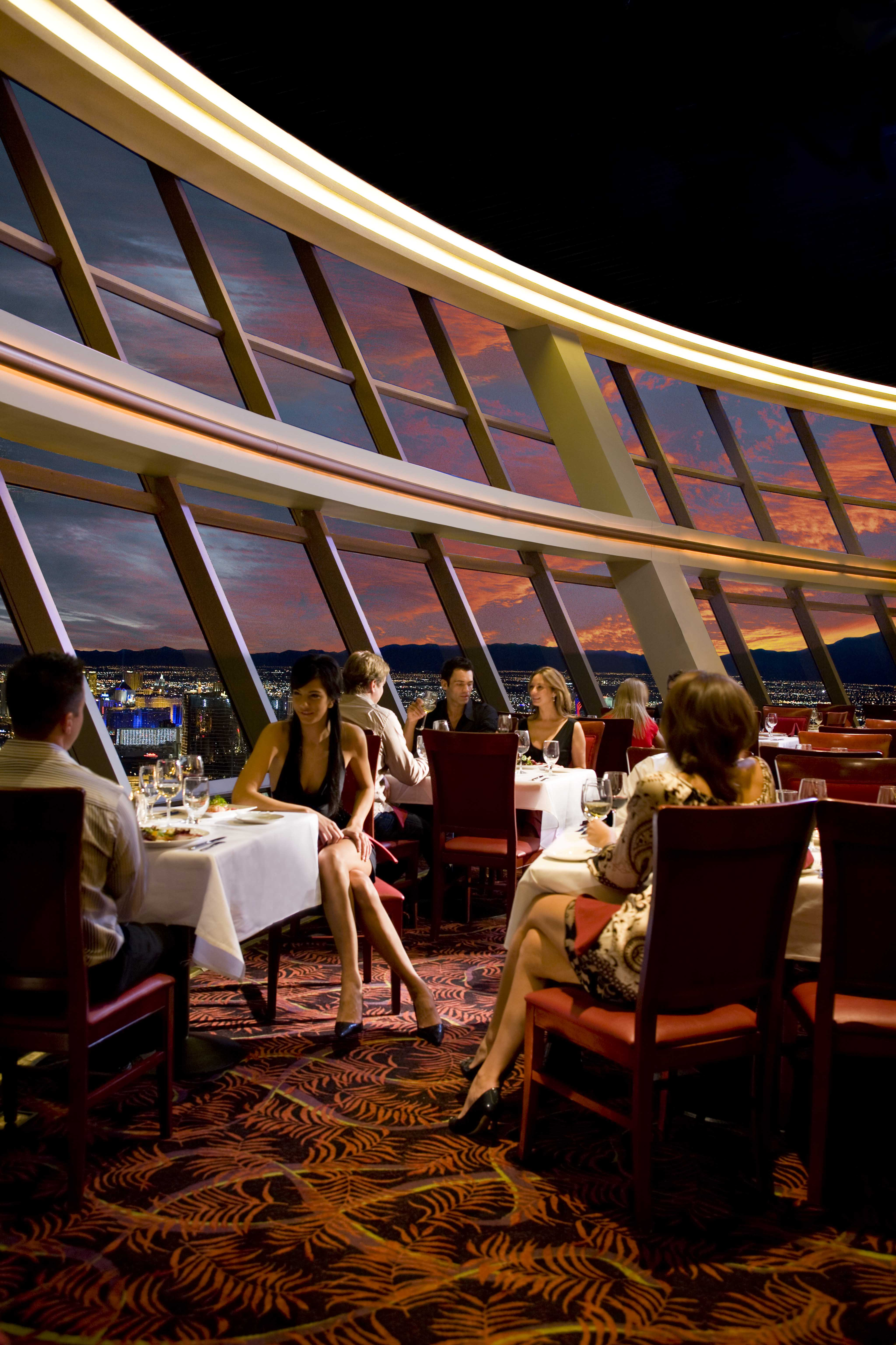 Ten romantic restaurants for valentine 39 s day in vegas for Atlantic city romantic restaurants