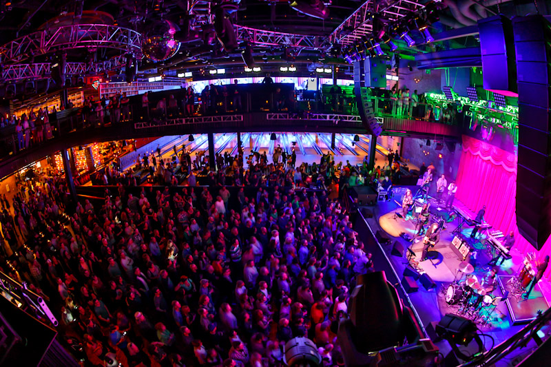 Rock And Funk Find A Home At Brooklyn Bowl Las Vegas Las Vegas Blogs