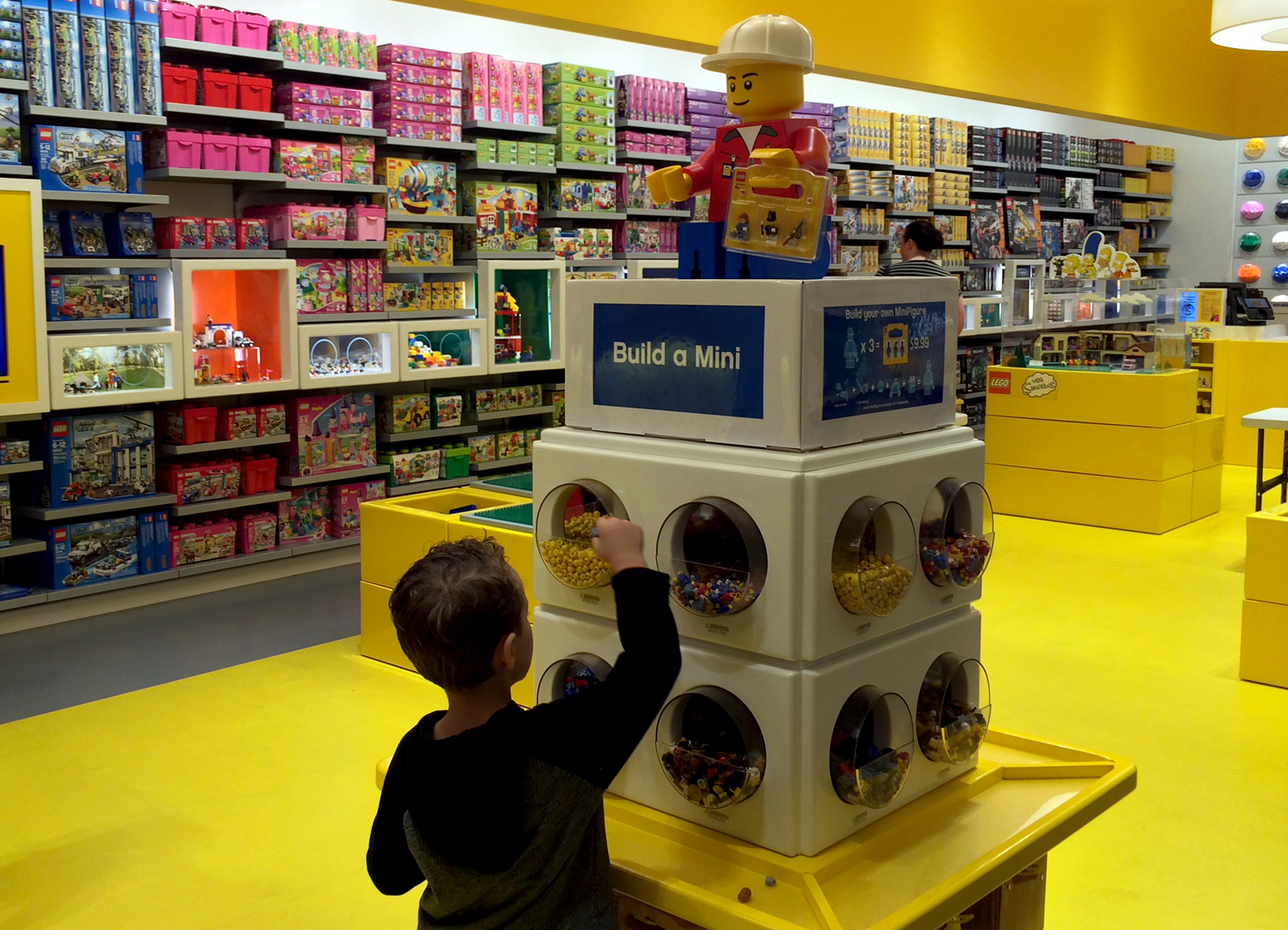 Lego Store opens at Fashion Show Mall Las Vegas | Las Vegas Blogs