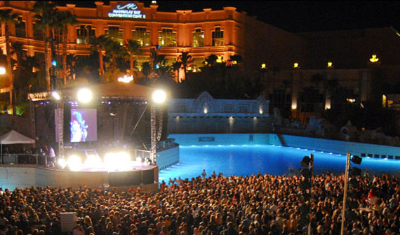 The heat 39 s back and so are poolside concerts in las vegas for Pool show vegas