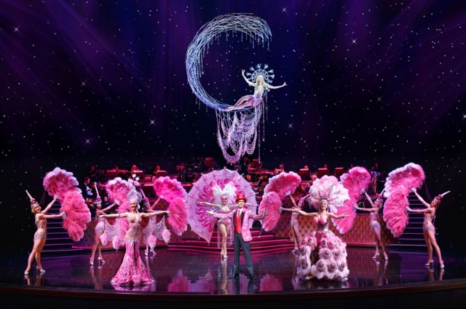 How to get your Vegas showgirl fix