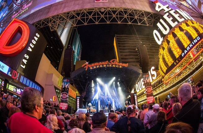 Must Dos This Weekend In Vegas March 6 8 2015 Las