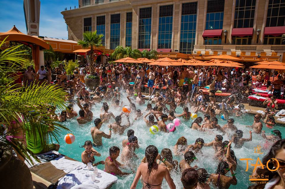 Tao Beach Club showing us why we love our Vegas pools. Photo courtesy of Tao Beach Club.