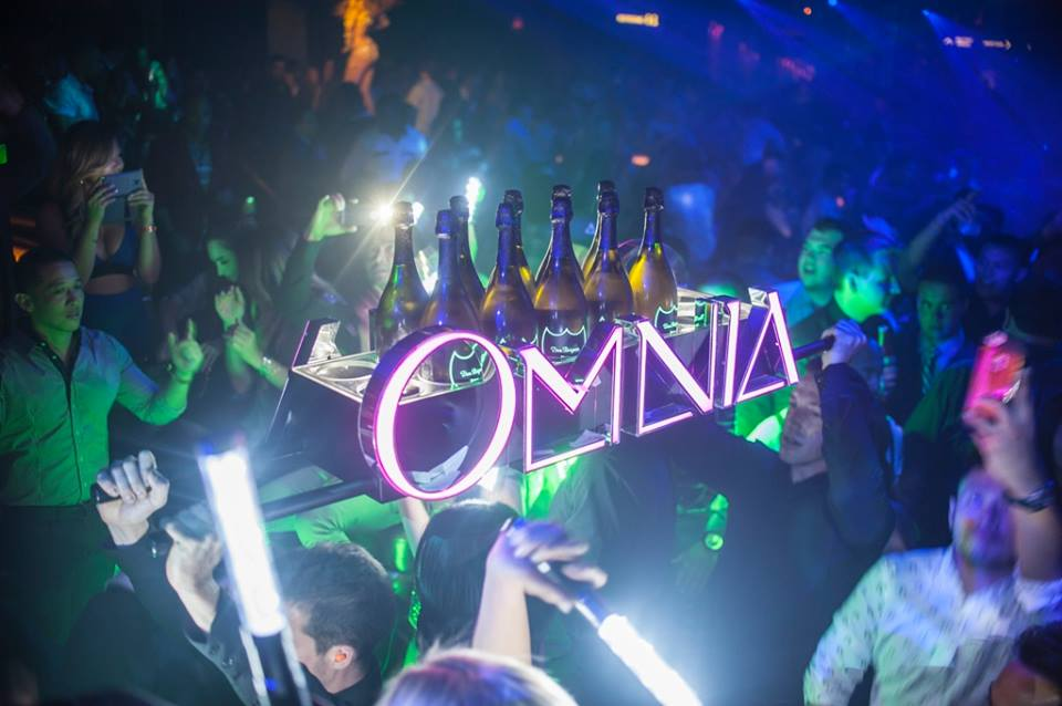 Just in case you forgot where you were and who was bringing you all the drinks. Photo courtesy of Omnia.