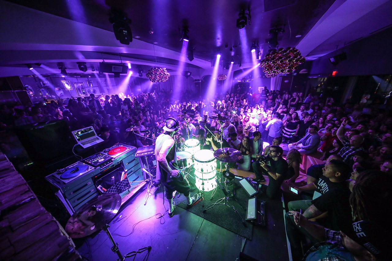 All the club's attention. Photo courtesy of Hyde Bellagio