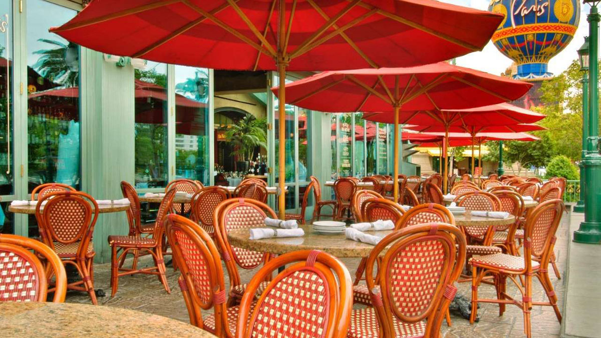 The patio at Mon Ami Gabi, photo courtesy of Paris Las Vegas