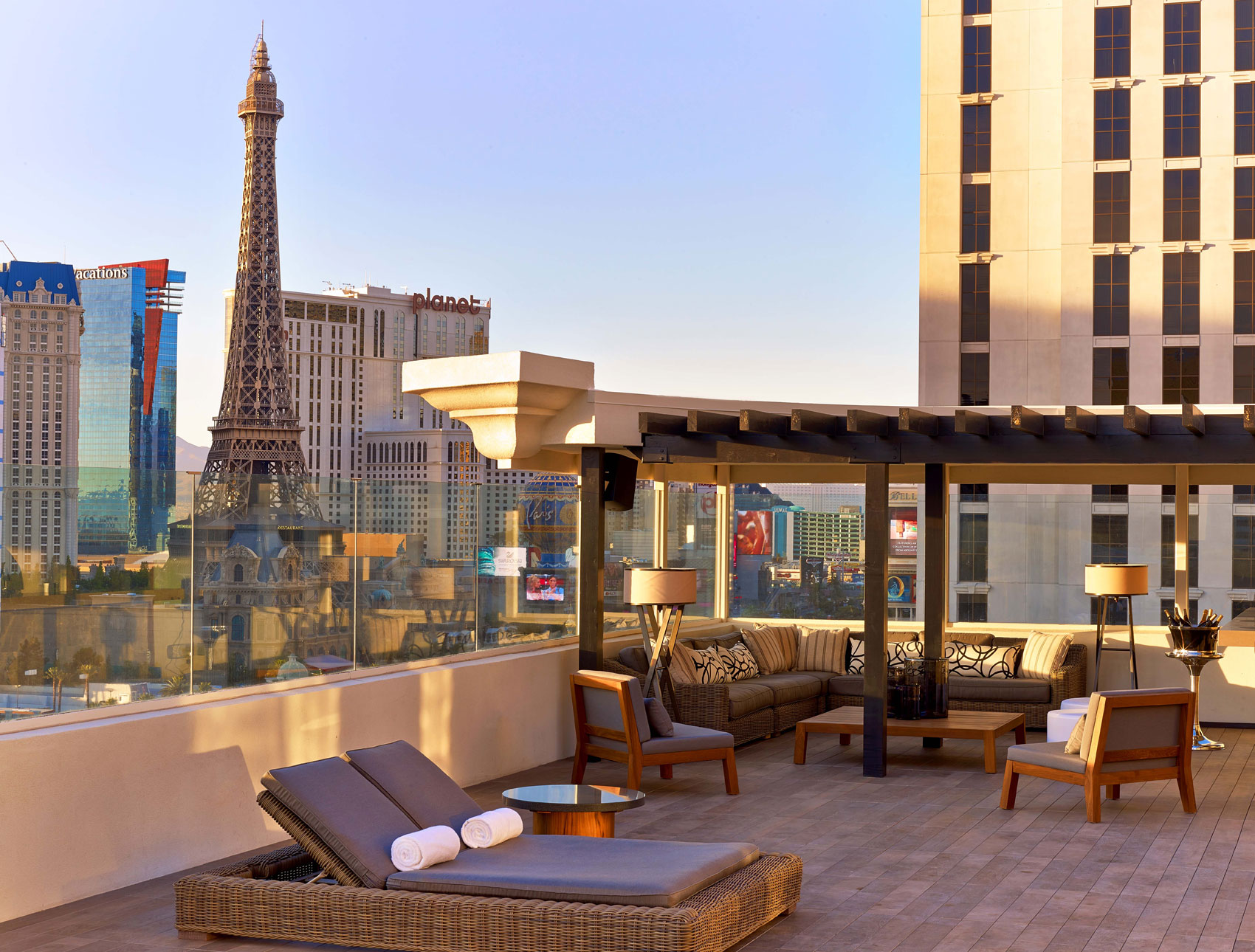 Nobu Villa terrace, photo by Eric Laignel / Caesars Entertainment