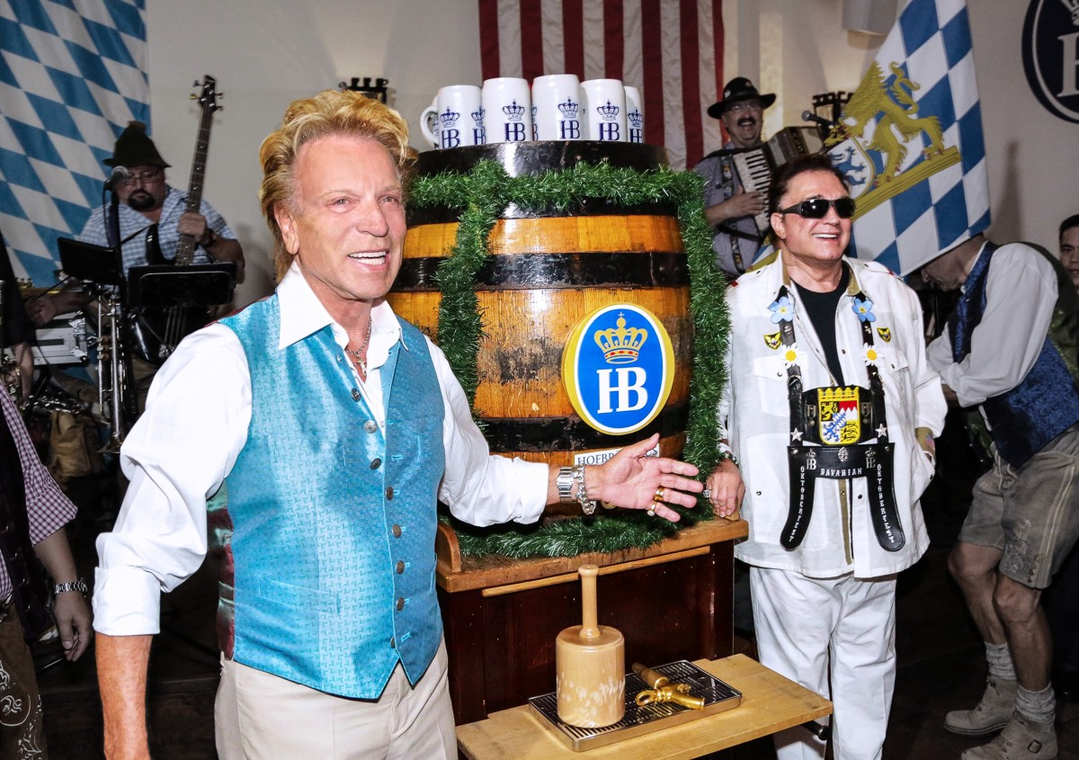 Siegfried and Roy at Hofbrauhaus Oktoberfest 2014. Photo courtesy of Hofbrauhaus.