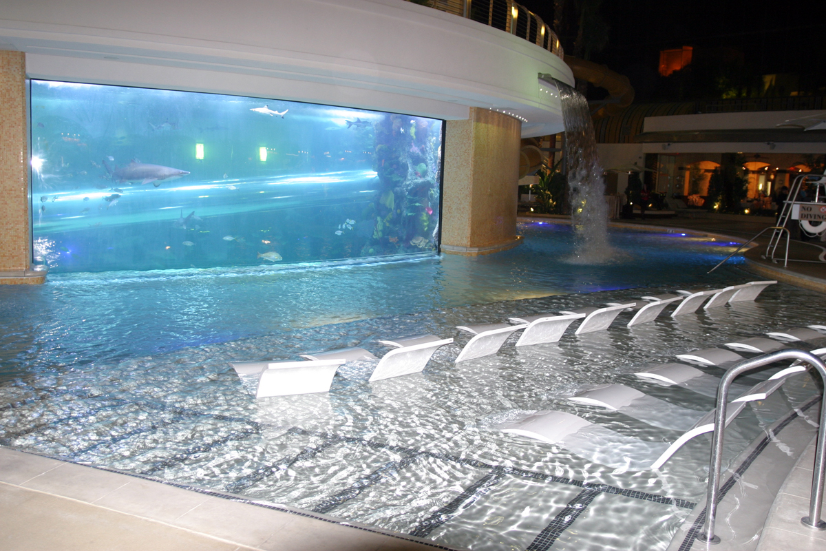 Spots to enjoy a vegas pool experience year round las Hotels in vegas with indoor swimming pools
