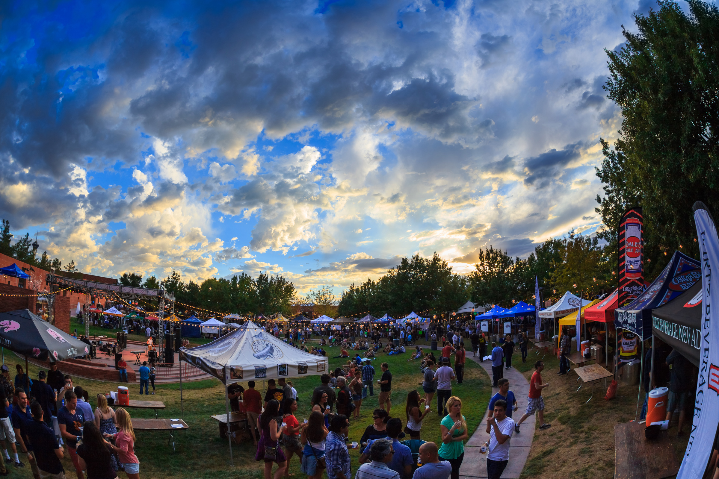 As the sun fades, the DBF begins. Photo courtesy of Motley Brews.