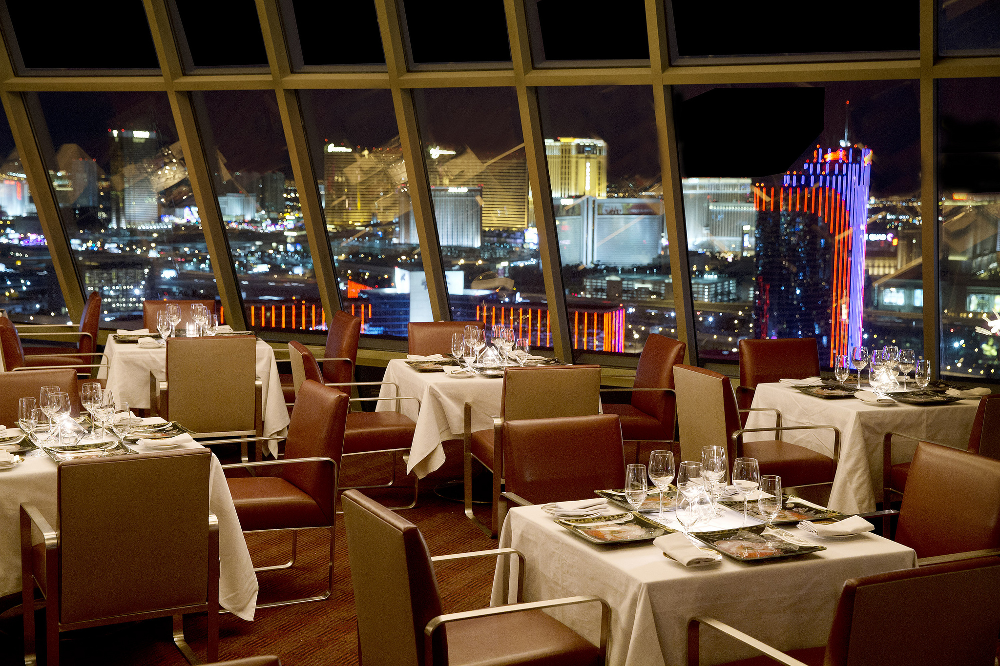 Alize at the Palms = Thanksgiving with a view. Photo courtesy of Alize.