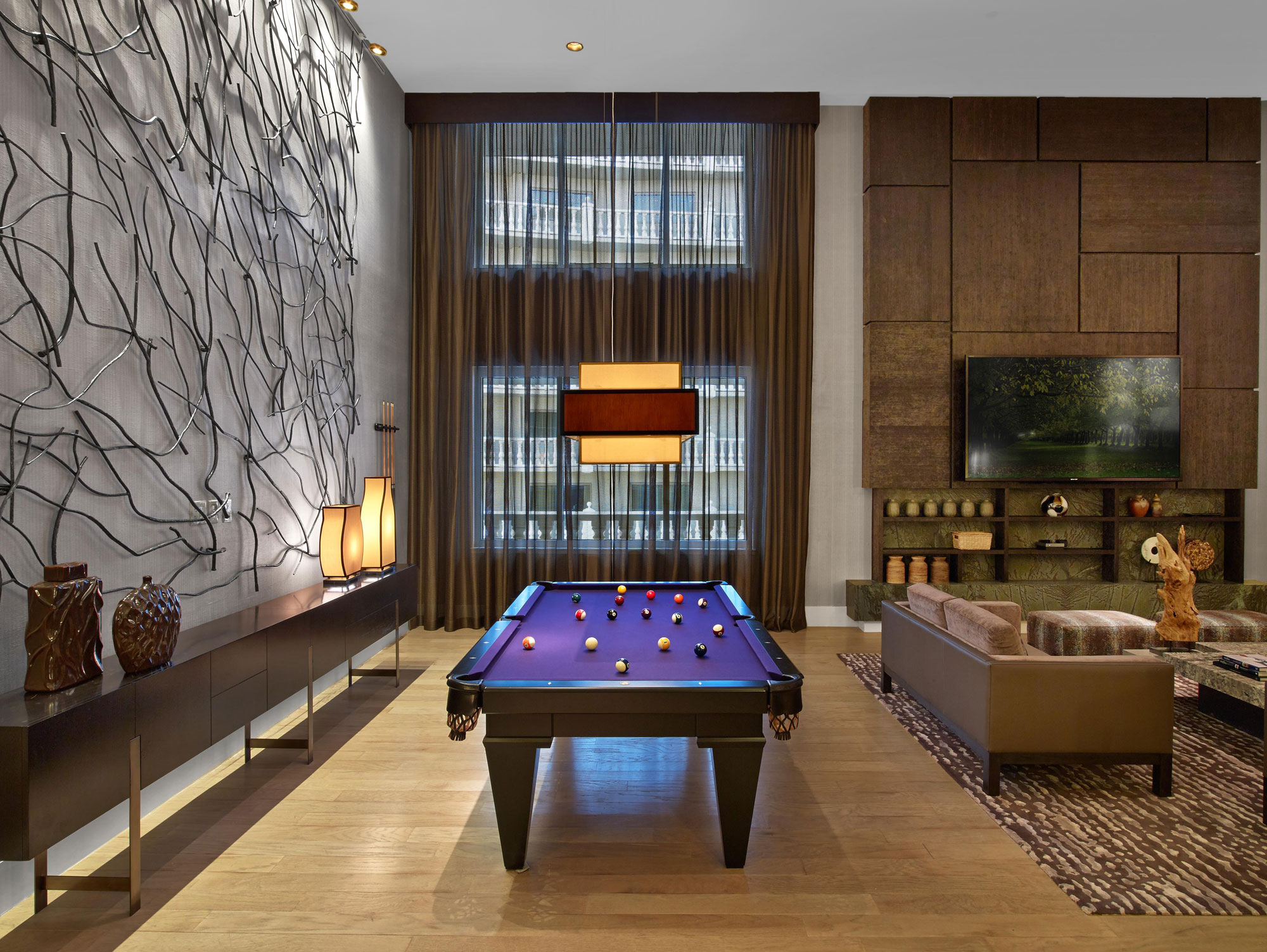 Las Vegas Hotel Rooms With Pool Table