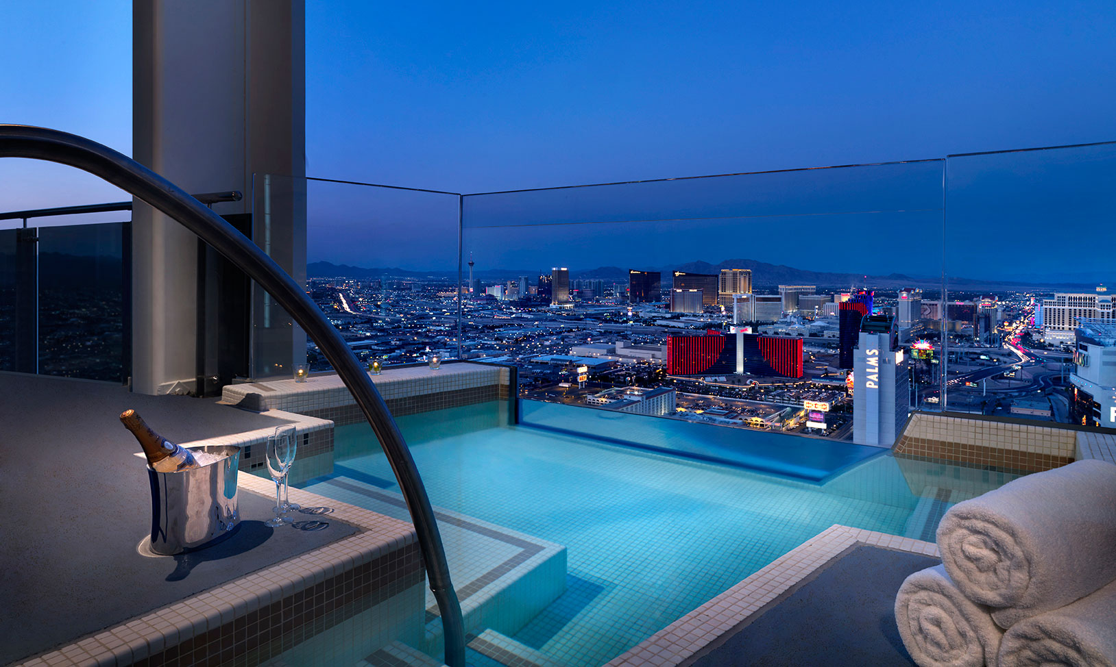 The Best Vegas Rooms With A View