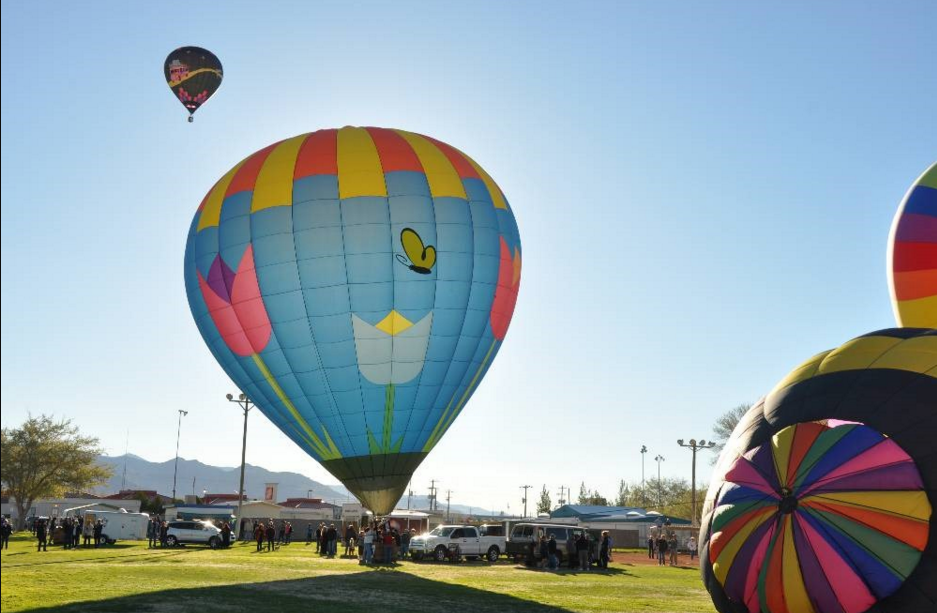 The pretty Pahrump Balloon Festival. Photo courtesy of Pahrump Valley Chamber of Commerce.