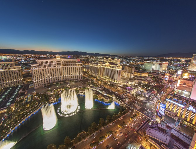 How to do Vegas in your 20s, 30s, & 40s