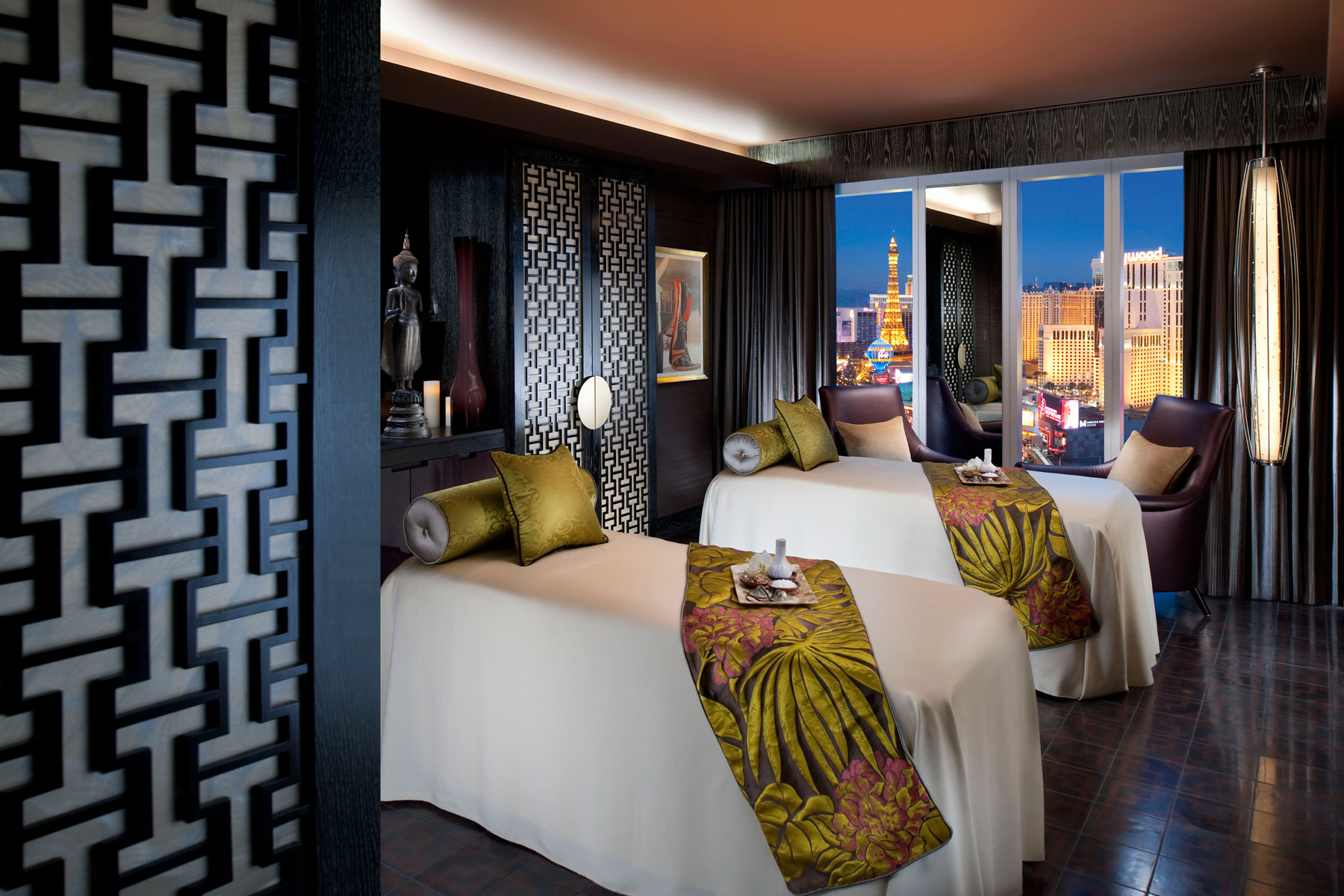mandarin oriental spa in las vegas offers sunshine yoga and so much more las vegas blogs. Black Bedroom Furniture Sets. Home Design Ideas