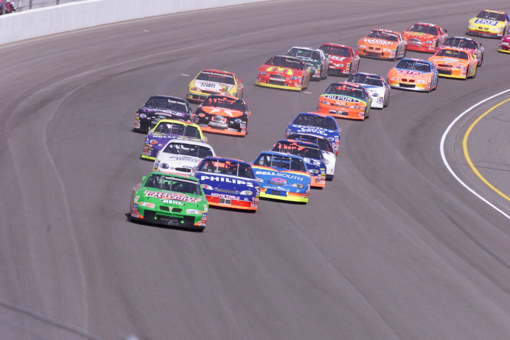 Pole winner Bobby Labonte leads the field of 43 cars takes the first lap in corner one at the start of the NASCAR Winston Cup Las Vegas 400 on Sunday, March 7, 1999. R. MARSH STARKS / LAS VEGAS SUN