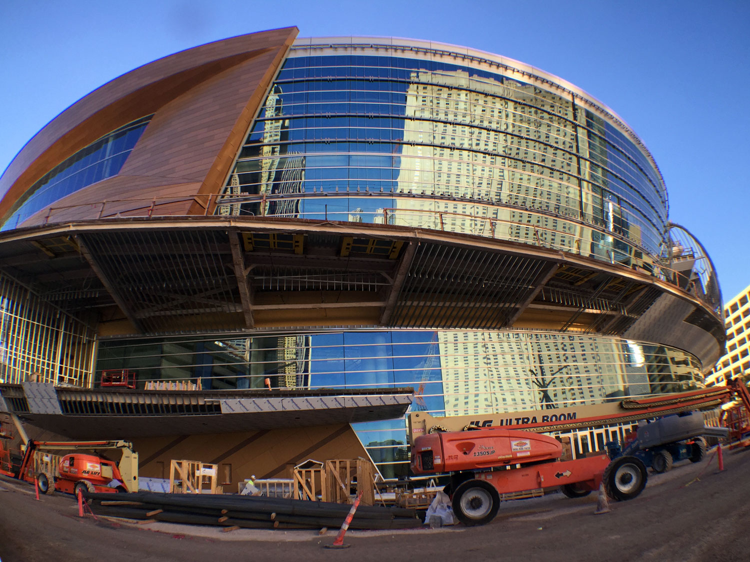 The new 20,000-seat T-Mobile Arena, photo courtesy of Vegas.com.