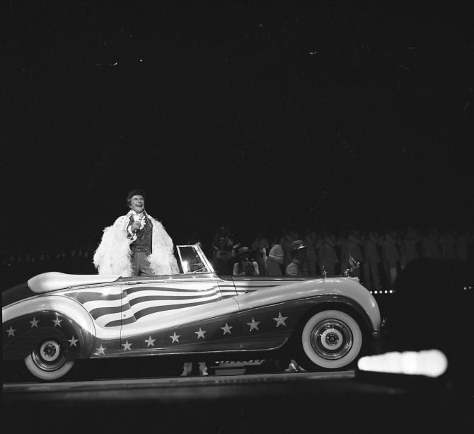 The king of bling: Liberace's cars debut at the Hollywood Cars Museum