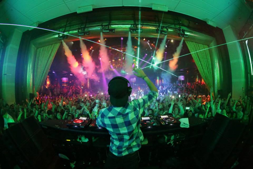 Avicii rocking XS Nightclub. Photo courtesy of XS.