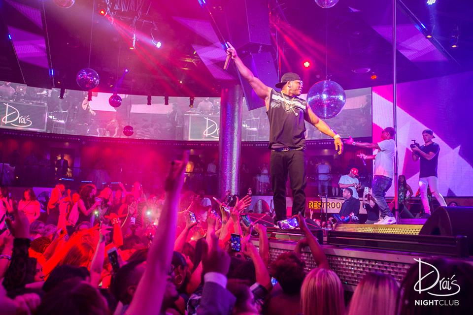Nelly getting Drai's going. Photo courtesy of Drai's.