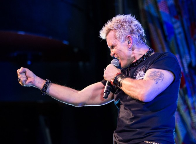 Billy Idol rocks the stage in Las Vegas