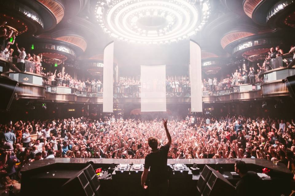 Calvin Harris letting it shine at Omnia. Photo courtesy of Omnia.
