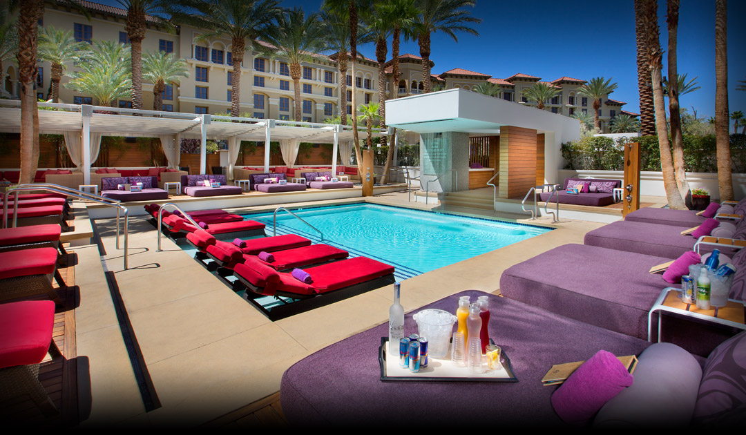Summer summer summertime vegas pool amenities that 39 ll for Pool show las vegas 2016