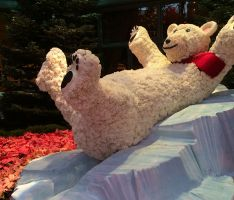 Bellagio rolls out the holiday decorations, tree and chocolate